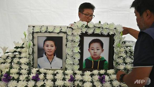 Giấc mộng Hàn tan vỡ của những bà mẹ Triều Tiên - Ảnh 2.