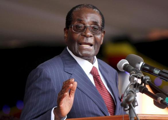 Cựu tổng thống Zimbabwe Robert Mugabe từ trần ở tuổi 95 - Ảnh 1.