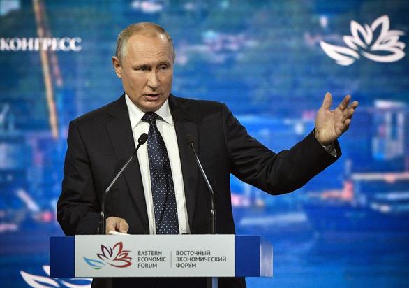 Ông Putin từng mời ông Trump mua vũ khí bội siêu thanh của Nga - Ảnh 1.