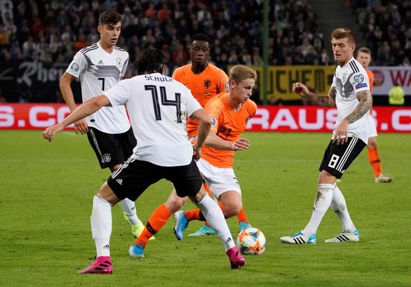 Hà Lan đá bại chủ nhà Đức 4-2 ở vòng loại Euro 2020 - Ảnh 2.