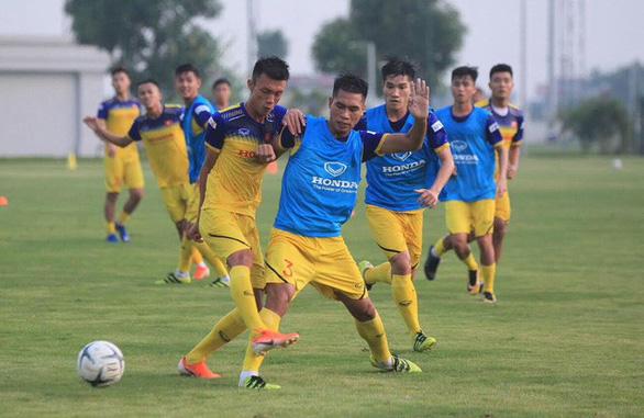 U22 Việt Nam được thay 11 cầu thủ trong trận giao hữu với U22 Trung Quốc - Ảnh 1.
