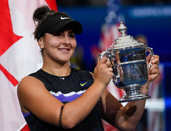Tay vợt 19 tuổi thắng sốc Serena, vô địch Giải Mỹ mở rộng 2019 - Ảnh 1.