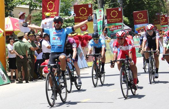Tay đua Colombia cán đích Giải VTV Cup 2019 - Ảnh 1.