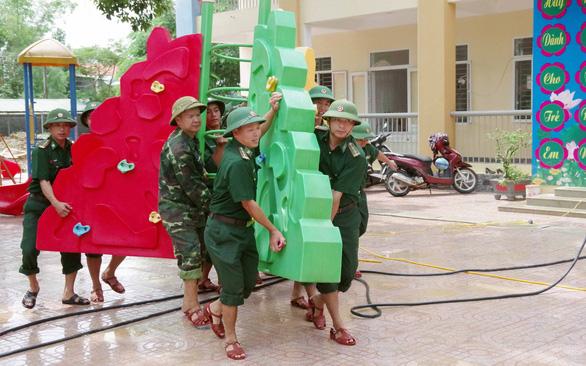 Các trường vùng lũ chuẩn bị khai giảng - Ảnh 1.