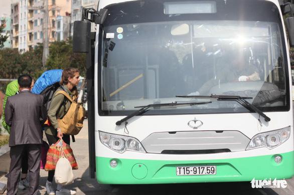 Xe buýt điện gần chục tỉ nằm ụ vì trục trặc trên đảo Cát Bà - Ảnh 2.