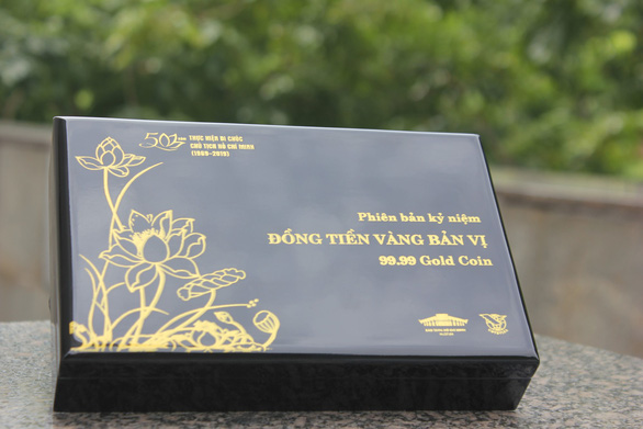 50 phiên bản 'đồng tiền vàng bộ trưởng' quý hiếm được trao tới người dân - Ảnh 3.