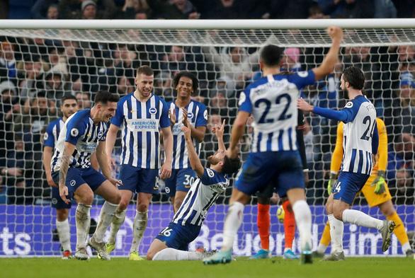 Chelsea ghi bàn trước nhưng đánh rơi chiến thắng trong ngày mở màn năm 2020 - Ảnh 3.