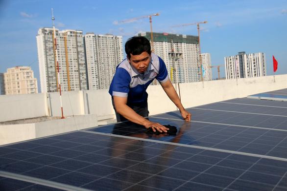 Siêu thị của Saigon Co.op dùng điện mặt trời - Ảnh 2.
