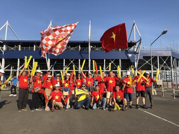 Tour du lịch Thái nhộn nhịp nhờ tặng kèm suất xem U23 Việt Nam - Ảnh 1.