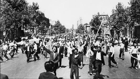 Mỹ - Iran: Từng là đồng minh, vì đâu thâm thù chất chồng? - Ảnh 2.