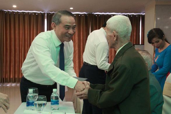 Cán bộ lão thành Đà Nẵng: Chúng tôi đau lòng khi thấy cựu lãnh đạo đứng trước tòa - Ảnh 2.