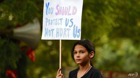 Ấn Độ: cứ 15 phút có một phụ nữ bị cưỡng hiếp - Ảnh 1.