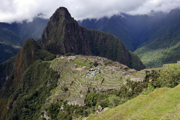 Peru trồng 1 triệu cây xanh bảo vệ thành phố cổ của người Inca - Ảnh 1.