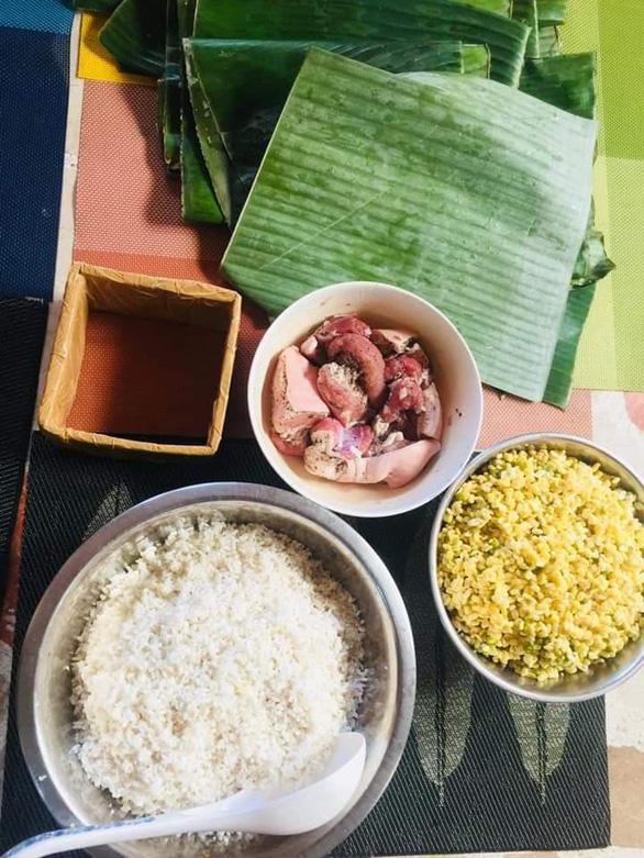 Ở Philippines, gói bánh chưng lá chuối, nhớ Tết nhà rưng rưng - Ảnh 2.