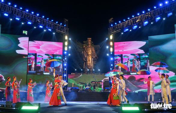 Khai mạc Lễ hội ẩm thực Pháp lớn nhất Việt Nam - Ảnh 1.