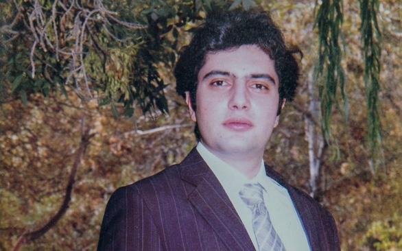 Vụ máy bay Ukraine rơi ở Iran: 'Vợ con tôi trên chuyến bay đó' - Ảnh 4.