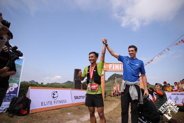 Trần Duy Quang vô địch cự ly 70km marathon đường mòn - Ảnh 1.
