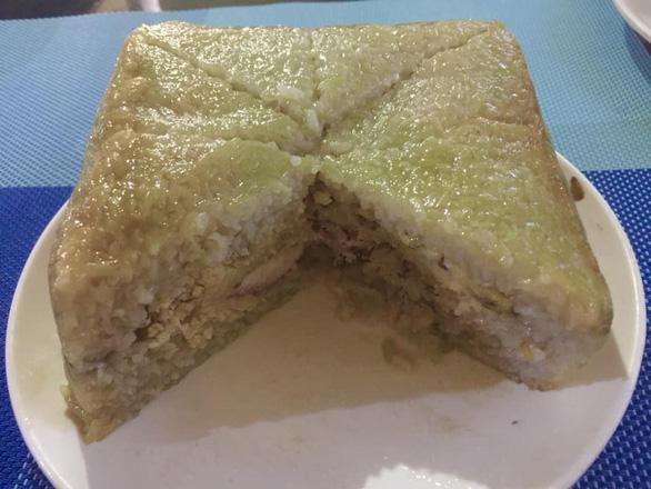 Ở Philippines, gói bánh chưng lá chuối, nhớ Tết nhà rưng rưng - Ảnh 3.