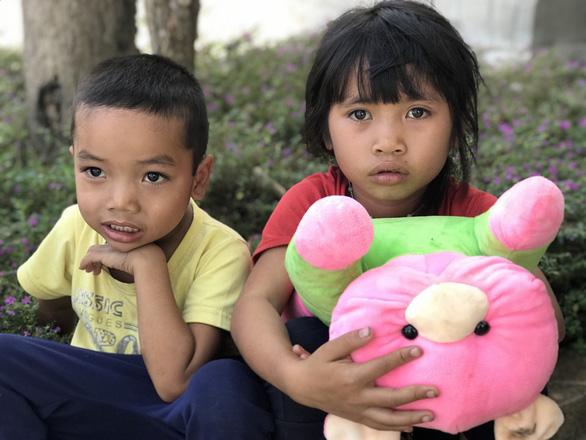600 suất quà xuân đến với học trò nghèo Tây Nguyên - Ảnh 1.