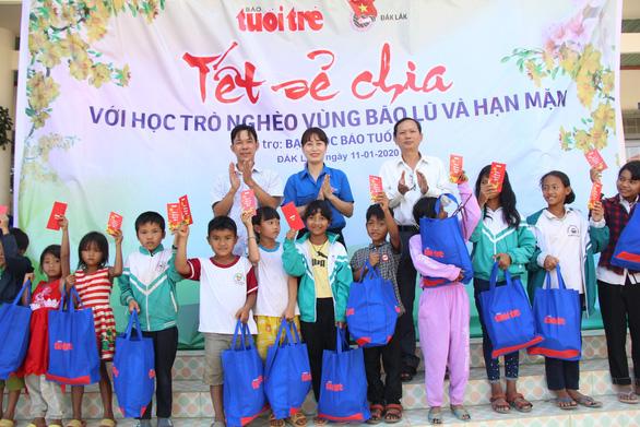 600 suất quà xuân đến với học trò nghèo Tây Nguyên - Ảnh 3.