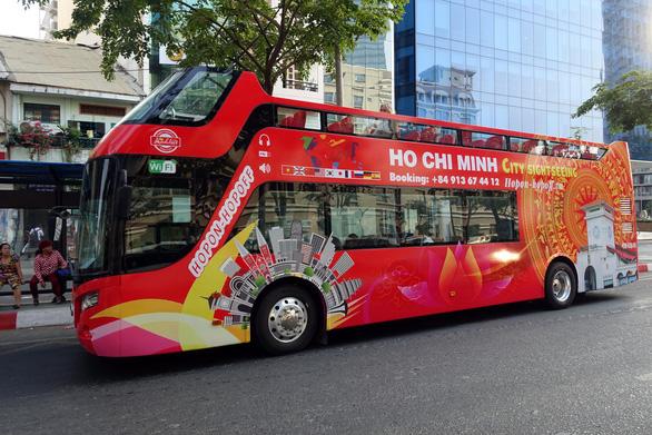 Từ 15-1, TP.HCM sẽ có xe buýt hai tầng mui trần chở khách du lịch - Ảnh 1.