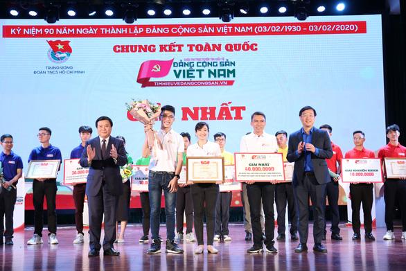 Đội Tình nguyện trẻ đoạt giải nhất tìm hiểu về Đảng - Ảnh 2.