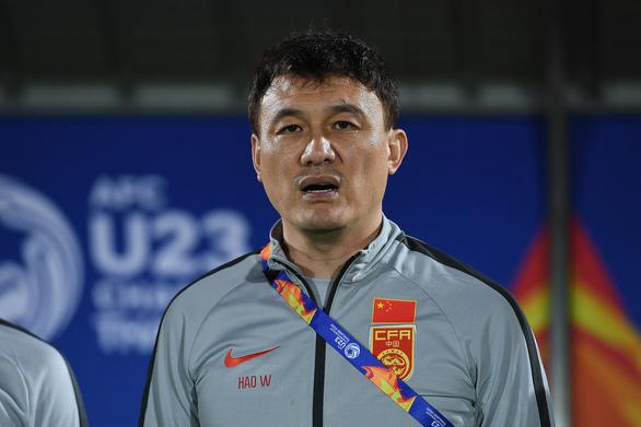 HLV U23 Trung Quốc thừa nhận trình độ thua xa các 'ông lớn' châu Á - Ảnh 1.