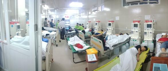 Hơn 100 học sinh, giáo viên nhập viện ở TP.HCM nghi ngộ độc khi du lịch - Ảnh 1.