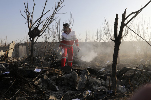 Phát hiện lạnh người về phút cuối của máy bay Ukraine bị tên lửa Iran bắn trúng - Ảnh 1.