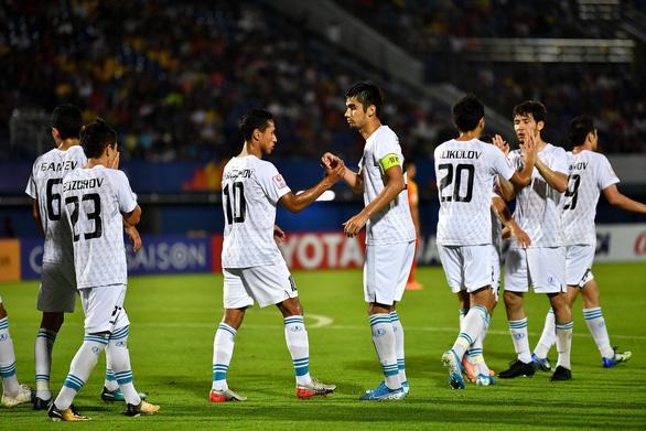 Thua Uzbekistan, Trung Quốc dừng bước ở vòng bảng U23 châu Á 4 lần liên tiếp - Ảnh 2.