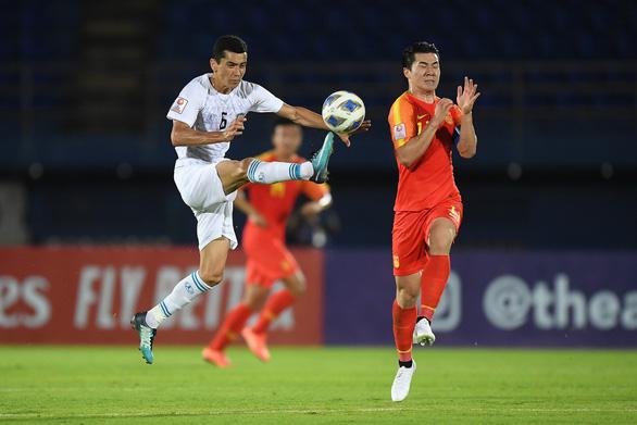 Thua Uzbekistan, Trung Quốc dừng bước ở vòng bảng U23 châu Á 4 lần liên tiếp - Ảnh 1.