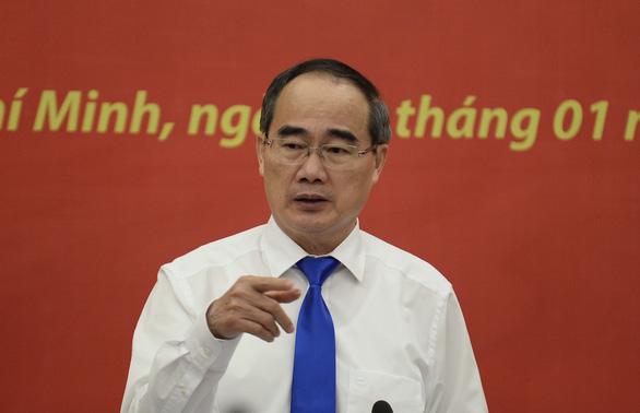 Việt kiều hiến kế muốn mua ôtô phải chứng minh có chỗ đỗ xe - Ảnh 1.