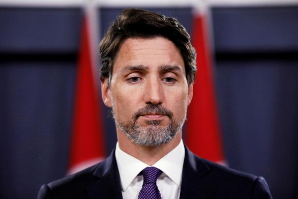Vì sao Thủ tướng Canada Trudeau để râu rậm rạp? - Ảnh 3.