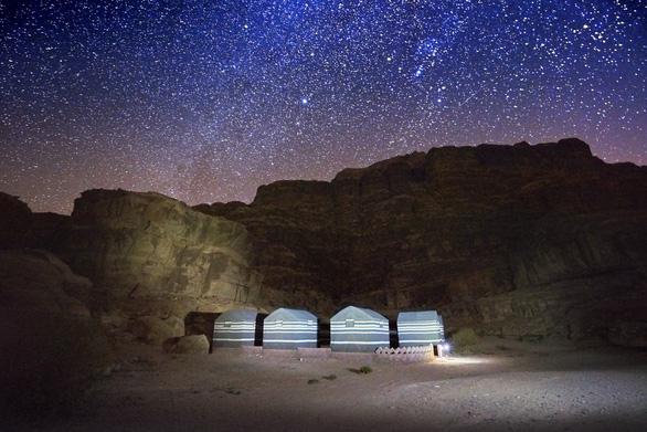 Jordan: nơi biển Chết, sa mạc che mờ bóng đá - Ảnh 3.