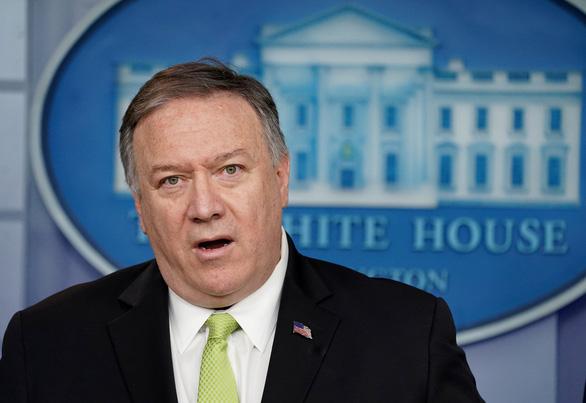 Căn cứ quân sự có lính Mỹ ở Iraq lại bị nã tên lửa, Washington phẫn nộ - Ảnh 2.