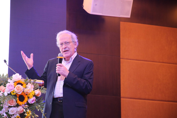 Cha đẻ lý thuyết máy học: Việt Nam có tiềm năng phát triển các lĩnh vực công nghệ mới - Ảnh 1.