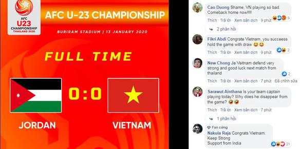 Hòa trận thứ 2 liên tiếp, CĐV Thái Lan cà khịa: Việt Nam là vua xe buýt - Ảnh 1.