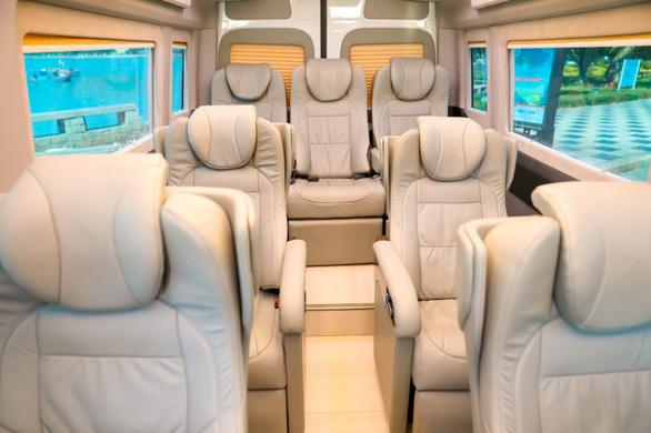 Tuyến Tân Sơn Nhất - Quận 1 (TP.HCM) - Vũng Tàu đã có 'Xe Hoàng gia'