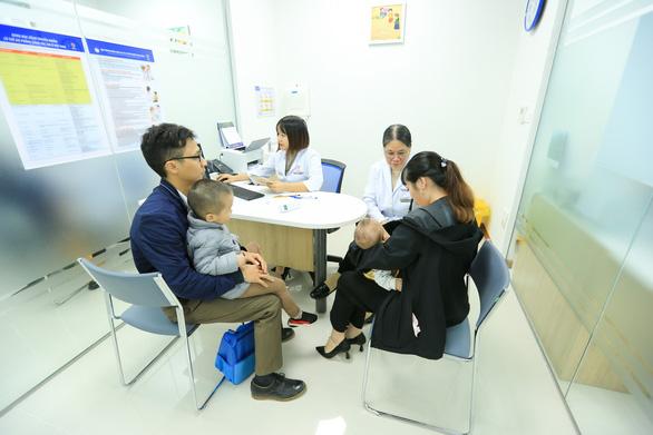 Khánh thành Trung tâm tiêm chủng VNVC tại Nam Định - Ảnh 2.