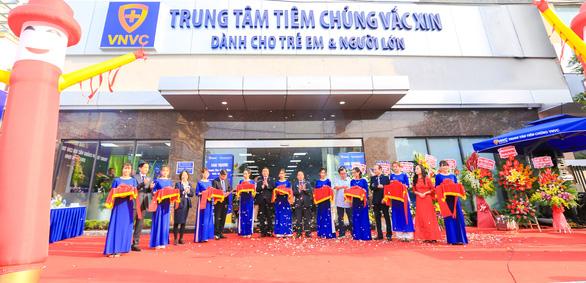 Khánh thành Trung tâm tiêm chủng VNVC tại Nam Định - Ảnh 1.