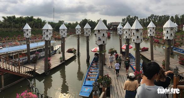 Cầu tre dài nhất Việt Nam và rừng tràm Trà Sư lập kỷ lục Việt Nam - Ảnh 4.