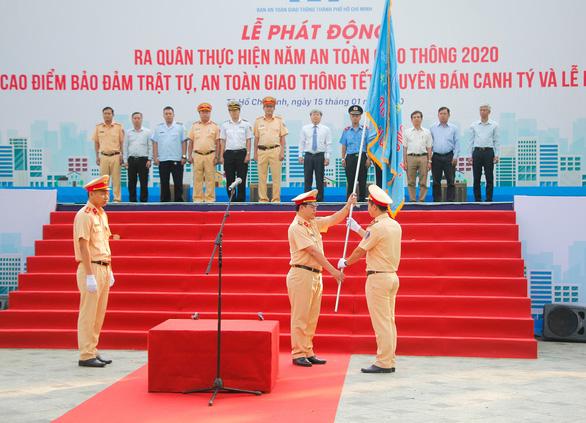 TP.HCM ra quân thực hiện năm An toàn giao thông 2020 - Ảnh 2.