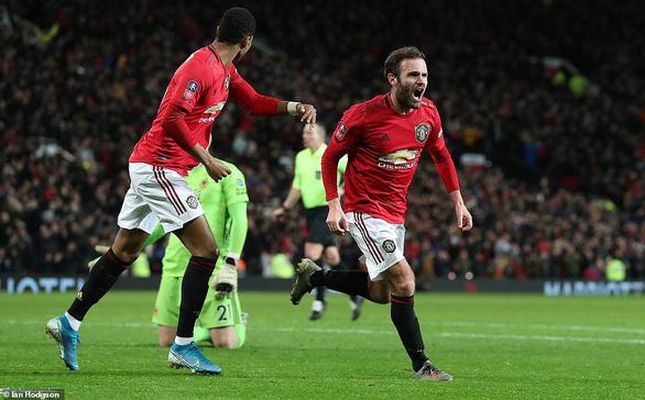 Mata tỏa sáng, M.U hạ Wolverhampton vào vòng 4 Cup FA - Ảnh 3.