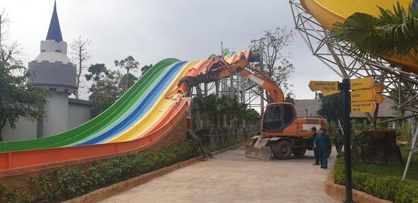 Vì sao công viên nước lớn nhất Hà Nội xây hoàng tráng xong bị đập bỏ? - Ảnh 1.