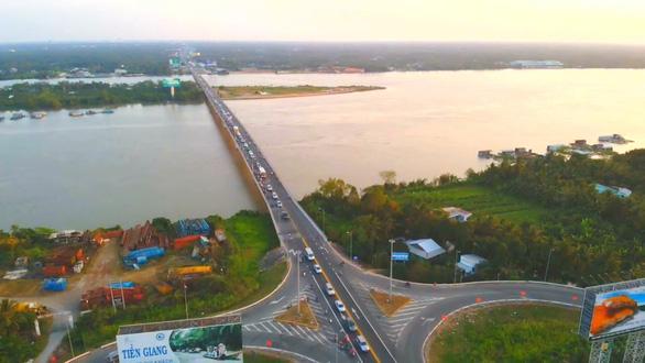 Áp lực xe cộ trên quốc lộ 1 và các cầu ở miền Tây sẽ tăng 5 lần - Ảnh 2.