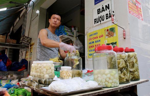 Chợ quê ở Sài Gòn - Kỳ 1:  Chợ Bắc giữa đất Nam - Ảnh 1.