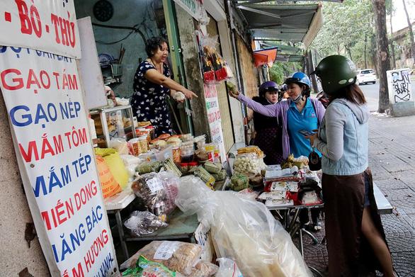 Chợ quê ở Sài Gòn - Kỳ 1:  Chợ Bắc giữa đất Nam - Ảnh 3.