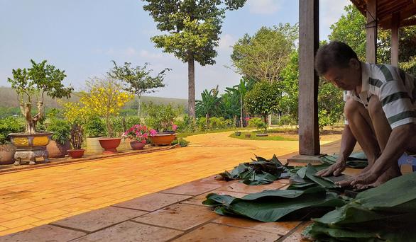 10 năm ở trọ Sài Gòn, lịch tết của tôi không thay đổi: về với vườn rau của mẹ - Ảnh 2.