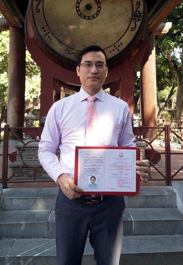 Đại học Duy Tân có thêm 4 tân phó giáo sư - Ảnh 2.