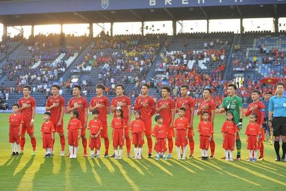 Cùng MYKOLOR cổ vũ cho đội tuyển U23 Việt Nam - Ảnh 1.